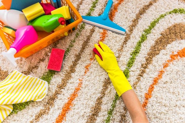 הסרת כתמי שמן מהשטיח
